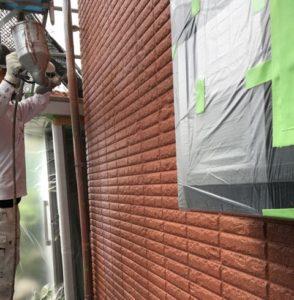 1F外壁上塗り2回目